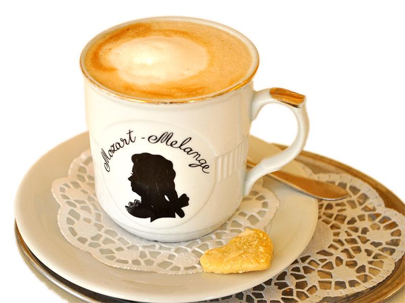 kaffee und kuchen caf madlon. Black Bedroom Furniture Sets. Home Design Ideas